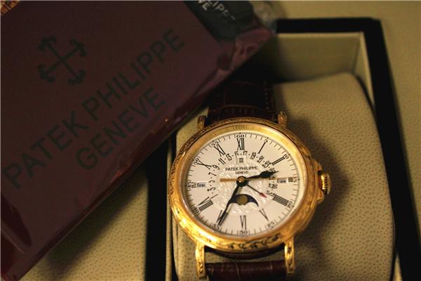 パテック フィリップ 永久カレンダー 5160R-001_画像2