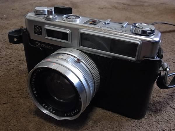 中古品・ヤシカ エレクトロ35 日本製革ケース付き_画像2