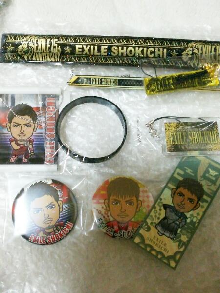 EXILE SHOKICHI 缶バッジ パッチン ゴムブレス 千社札シール トラステ ガチャ