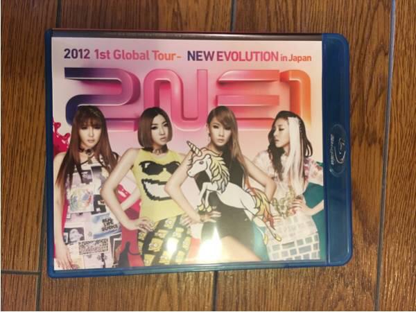 2NE1 NEW EVOLUTION in JAPAN Blu-ray DVD ライブグッズの画像