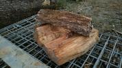 二年乾燥薪 クヌギ 椚 三重県四日市市より。軽トラ一杯分
