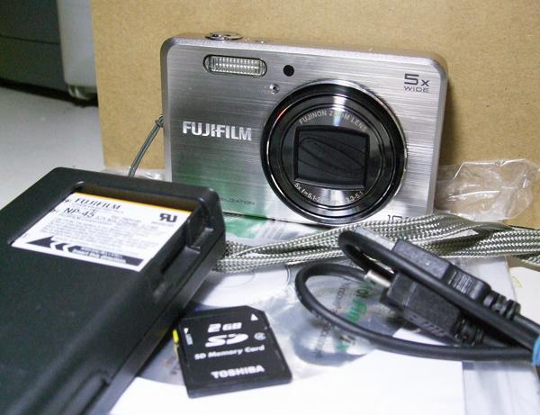 ■ FinePix J250 付属品あり(25) ■