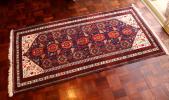 ヴィンテージ 鳥模様のオールド手織り絨毯 バルーチ ペルシャ