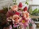 marie-spring*白いバスケットの薔薇・ガーベラ・ア