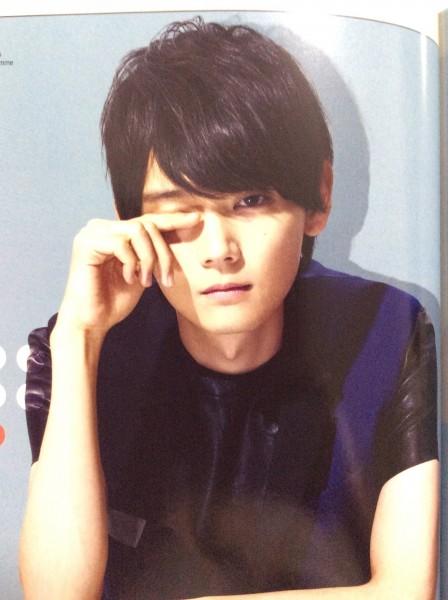 cosmo誌2014年8月号 古川雄輝 中国限定 グッズの画像