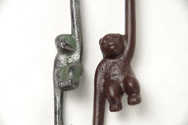 レトロ 鉄製 お猿のフック・サル手 2個セット 古道具_画像3