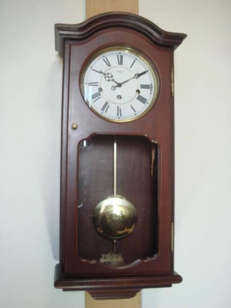 ドイツ・アームス社(AMS)の8本鈴 3曲チャイム 機械式掛時計 手巻き可動品
