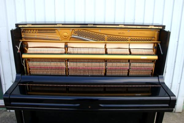希少 YAMAHA ヤマハ アップライトピアノ【U3G】三本ペダル1972年 昭和47年頃製造 88鍵盤_1972年頃製造されたピアノです!!