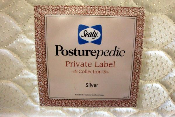 美品 Sealy シーリー マットレス【Private Label Silver】シングルベッド フレーム シーリー 引き出し・照明付_画像3