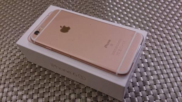 ☆ ほぼ新品未使用 ドコモ/DoCoMo iPhone6s 32gb ローズゴールド 送料無料 ☆_画像3
