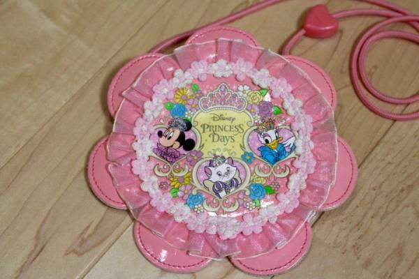 ディズニー プリンセス パスケース コインケース ミニー デイジー マリー ディズニーグッズの画像