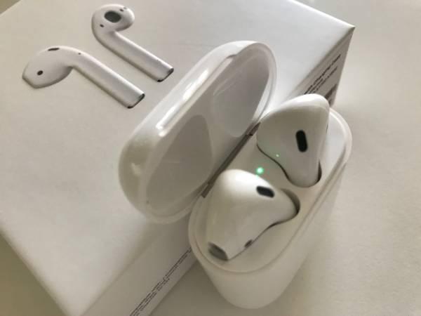 新品未開封 ☆ apple AirPods アップル エアーポッズ 送料無料