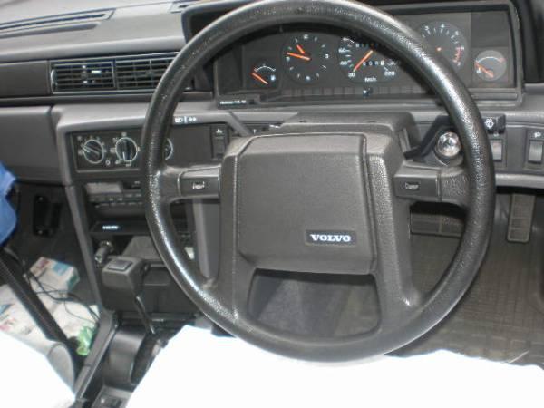 VOLVO ボルボ 740車の純正ステアリングused美品/走行19000kmの車からの取り外しです!_画像1