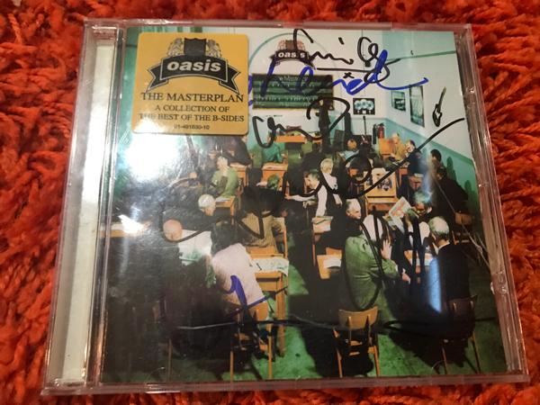oasis オアシス 直筆サイン入りCD Liam Gallagher, Noel Gallagher, Alan White, Bonehead, Paul Guigsy Arthurs