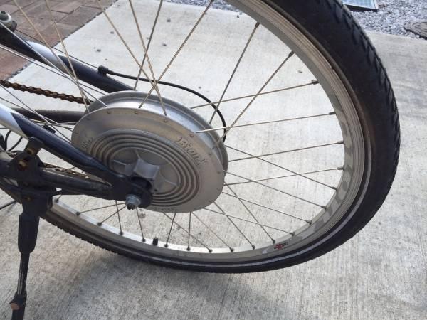 モンタギュー 折りたたみ自転車 MTB 電動 MONTAGUE SWISSBIKE X50 BionX 26インチ マウンテンバイク 電動化 部品取り レストアベース_画像2