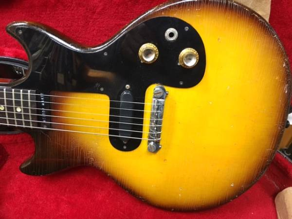 ハードケース付 60 年代初期 Gibson Melody Maker ギブソン メロディーメーカー ダブルカッタウエイ Gibson Old Melody Maker