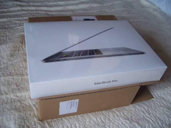 APPLE MacBook Pro 15インチ 最新Touch Bar 最上級モデル 新品