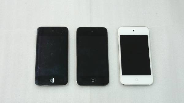 iPod touch 第4世代 8GB A1367 3台 リセット済 21549