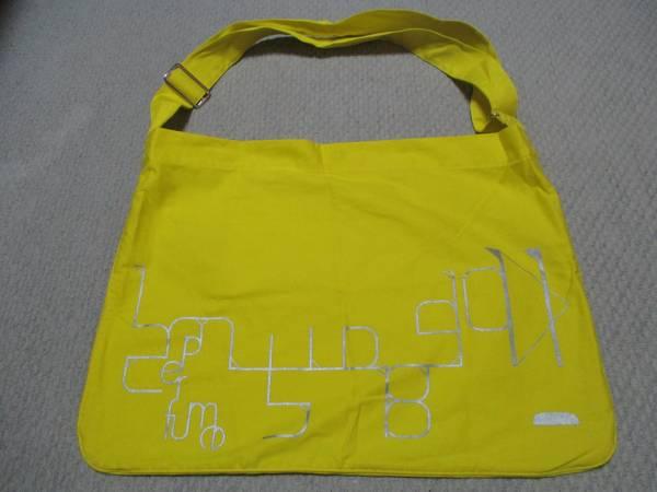 Perfume パフューム ショルダーバッグ 黄色