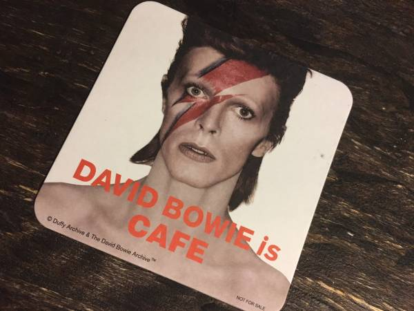 ★DAVID BOWIE is | デヴィッド・ボウイ大回顧展★非売品★CAFE コースター★