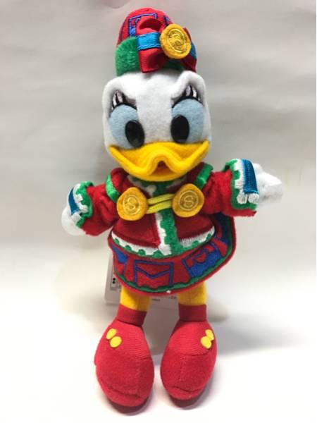TDL クリスマスファンタジー2011 デイジー ぬいぐるみバッジ TDR ディズニーランド ディズニーグッズの画像