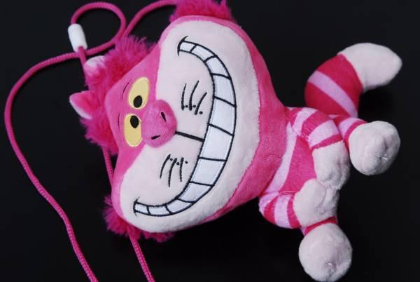 不思議の国のアリス チェシャ猫 ぬいぐるみ ショルダーストラップ付コインケース 小物入れ ピンク ディズニー ディズニーグッズの画像