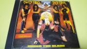 TWISTED SISTER☆『UNDER THE BLADE』☆国内盤☆AMCY-3101☆