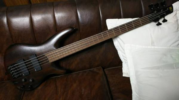 Ibanez 日本製 5弦ベース オイルフィニッシュ