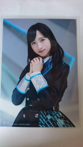 シュートサイン 通常版封入生写真 小栗有以 AKB48 ライブ・総選挙グッズの画像