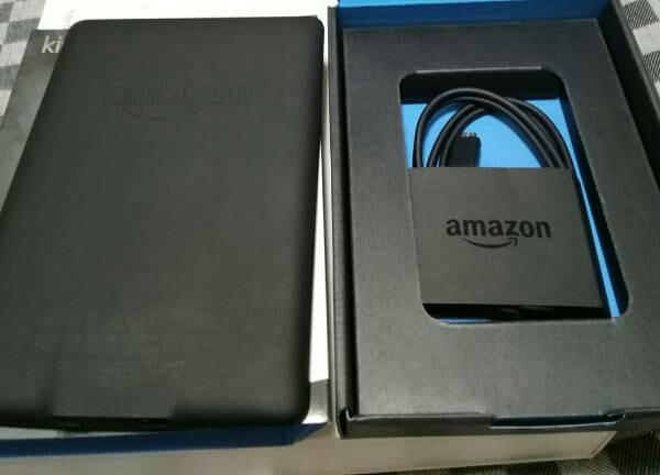 【中古美品】Amazon Kindle white paper MANGA Model 32GB Wi-Fi 広告なし キンドル マンガモデル_画像3