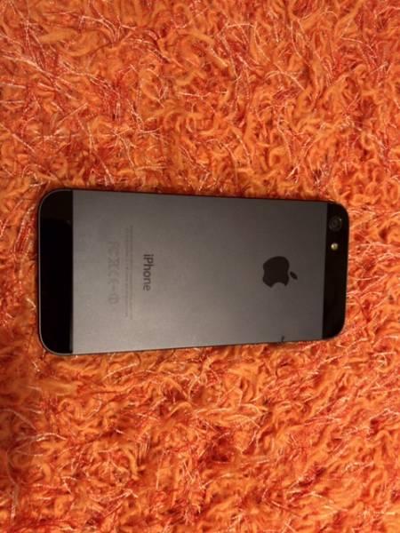 ★送料無料★au iphone5sスペースグレイ64GB
