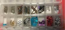 組合玩具 - ミニ四駆 レア お得「カラースペーサー カラービス ベアリング など セット」※ケース付き ※写真の通り全部です