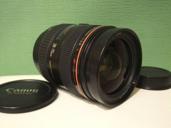 ● キャノン EF 28-70mm F2.8 L USM CANON EFマウント フルサイズ対応 「L」大口径ズーム レンズ 小カビ実用に問題無し ●