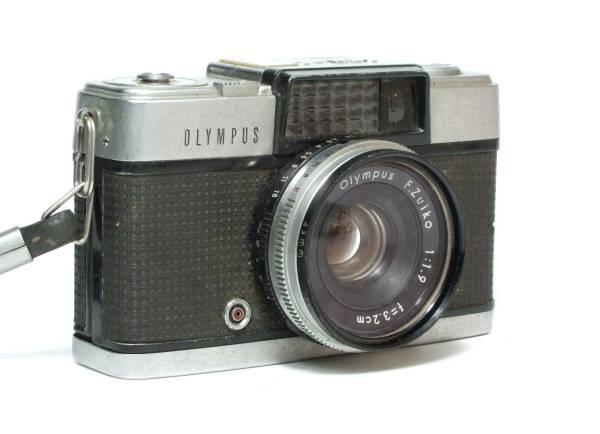 昭和レトロ OLYMPUS PEN-D オリンパス ペン D / F.Zuiko 1:1.9 f=3.2cm ハーフサイズ フイルムカメラ ジャンク品_画像2