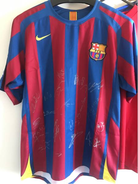 FCバルセロナ 2005-2006ユニフォーム 対横浜Fマリノス 対戦時記念ユニフォーム出場メンバーサイン入り