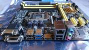 ASUS B85M-G LAG1150 mATX美品+CDFメモリー2Gx2枚