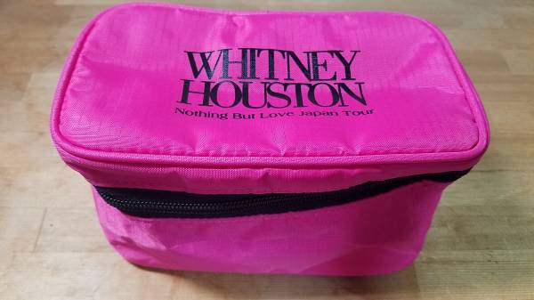 ♪WHITNEY HOUSTON ホイットニーヒューストン Nothing But Love Japan Tour コスメポーチ 化粧ポーチ ピンク♪