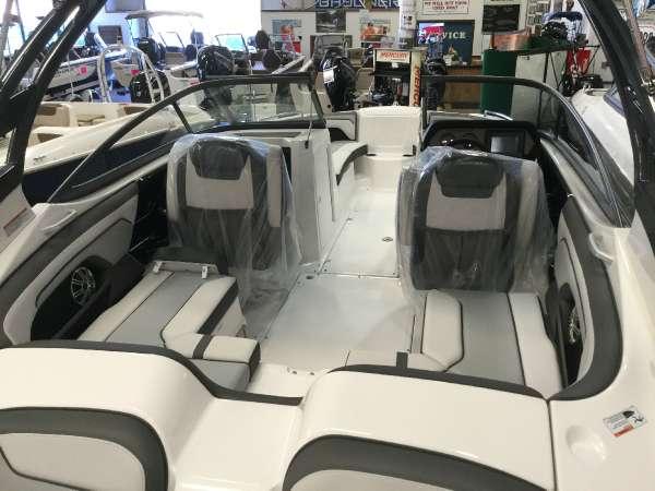 超お買得艇!!2017'YAMAHA212LTD-S新艇、展示艇(USA)消費税込激安プライス!!_画像2