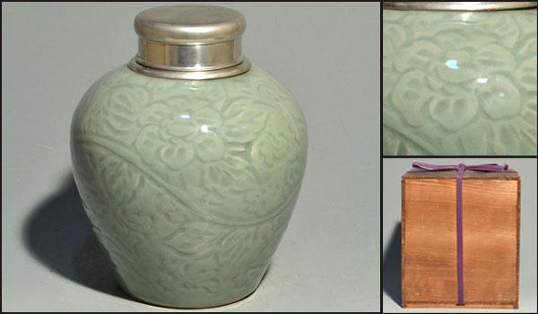 青磁 牡丹唐草彫入り 大茶壷 錫で口造り 茶心壷 中国古玩 煎茶道具  a8856_画像1