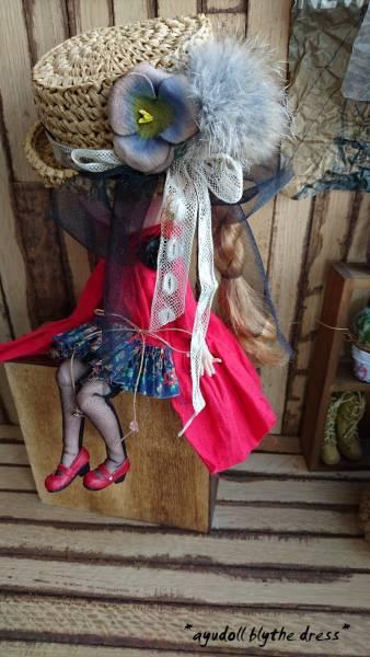 *ayudoll blythe dress*「レッドドレスセット」カンカン帽子 サロペット 赤 ワンピース_画像2