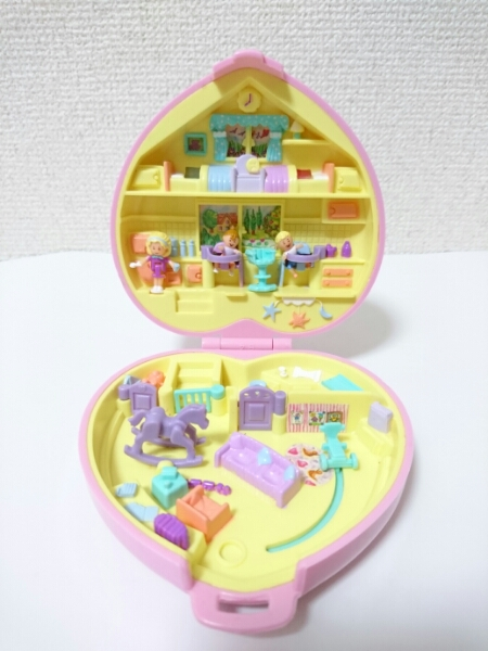 ポーリーポケット ベビーのおもちゃがいっぱい ハート型のコンパクト 1994年 美品