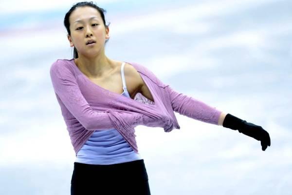 浅田真央 生写真 他 引退 希少 女子フィギュアスケート フェチ フォト プロマイド  SP グッズの画像