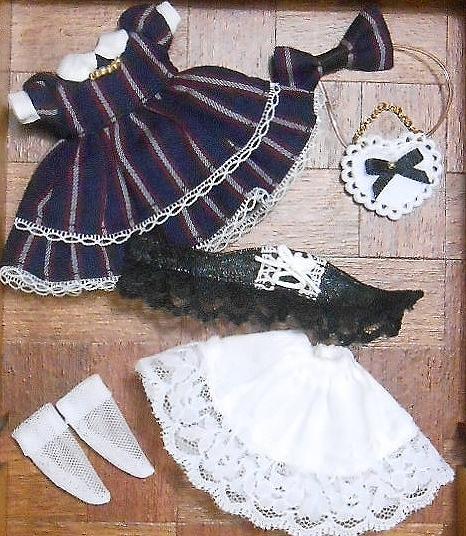 オビツ11サイズお洋服★ストライプワンピースのセット_画像3