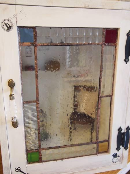ステンドグラス入りドールボックスとカスタムブライスのセット_画像2
