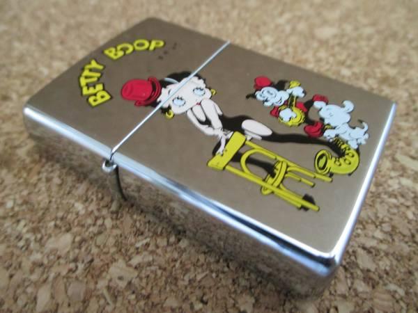 ZIPPO 『BETTY BOOP ベティーブープ 仔犬』1996年5月製造 マリリンモンロー オイルライター ジッポ 廃版激レア_画像1