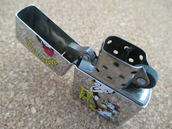 ZIPPO 『BETTY BOOP ベティーブープ 仔犬』1996年5月製造 マリリンモンロー オイルライター ジッポ 廃版激レア_画像3