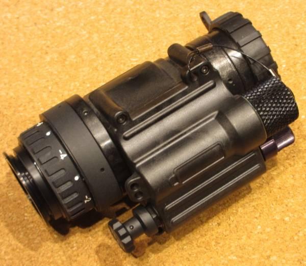 実物 PVS-14A2 OMNI7 イメージ管綺麗 ナイトビジョン オマケ付き 軍用
