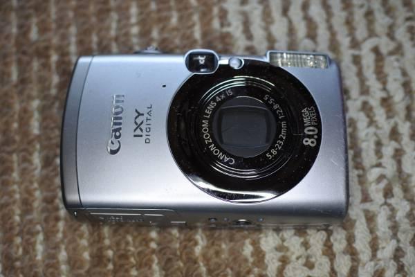 送料無料 CANON IXY 810is デジタルカメラ