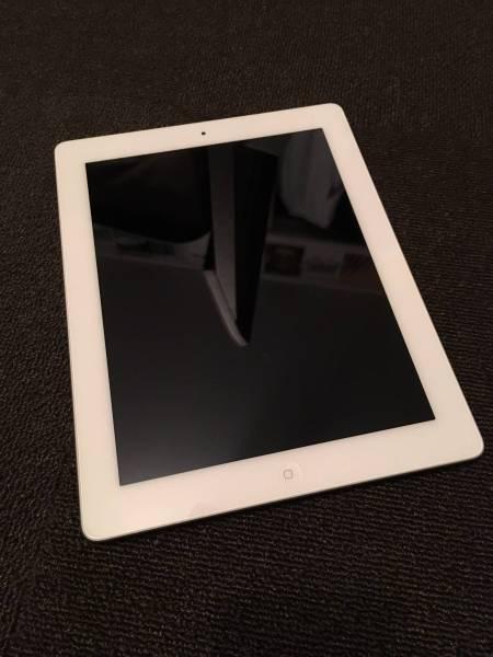 ★美品★iPad3 64GB Wi-Fiモデル MD330J/A 第3世代 ホワイト
