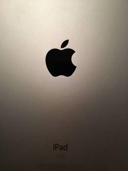 ★美品★iPad3 64GB Wi-Fiモデル MD330J/A 第3世代 ホワイト_画像3